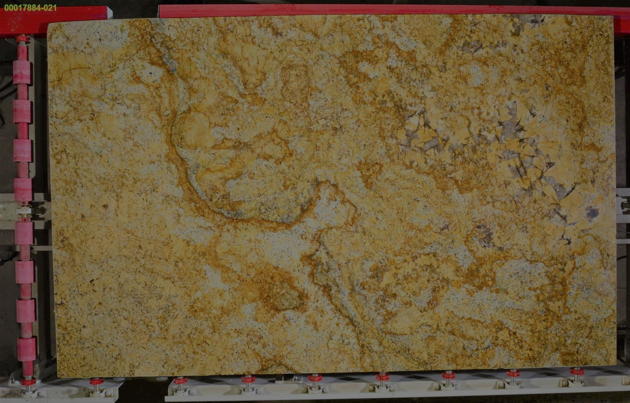 Golden Sun Granite Traslucent