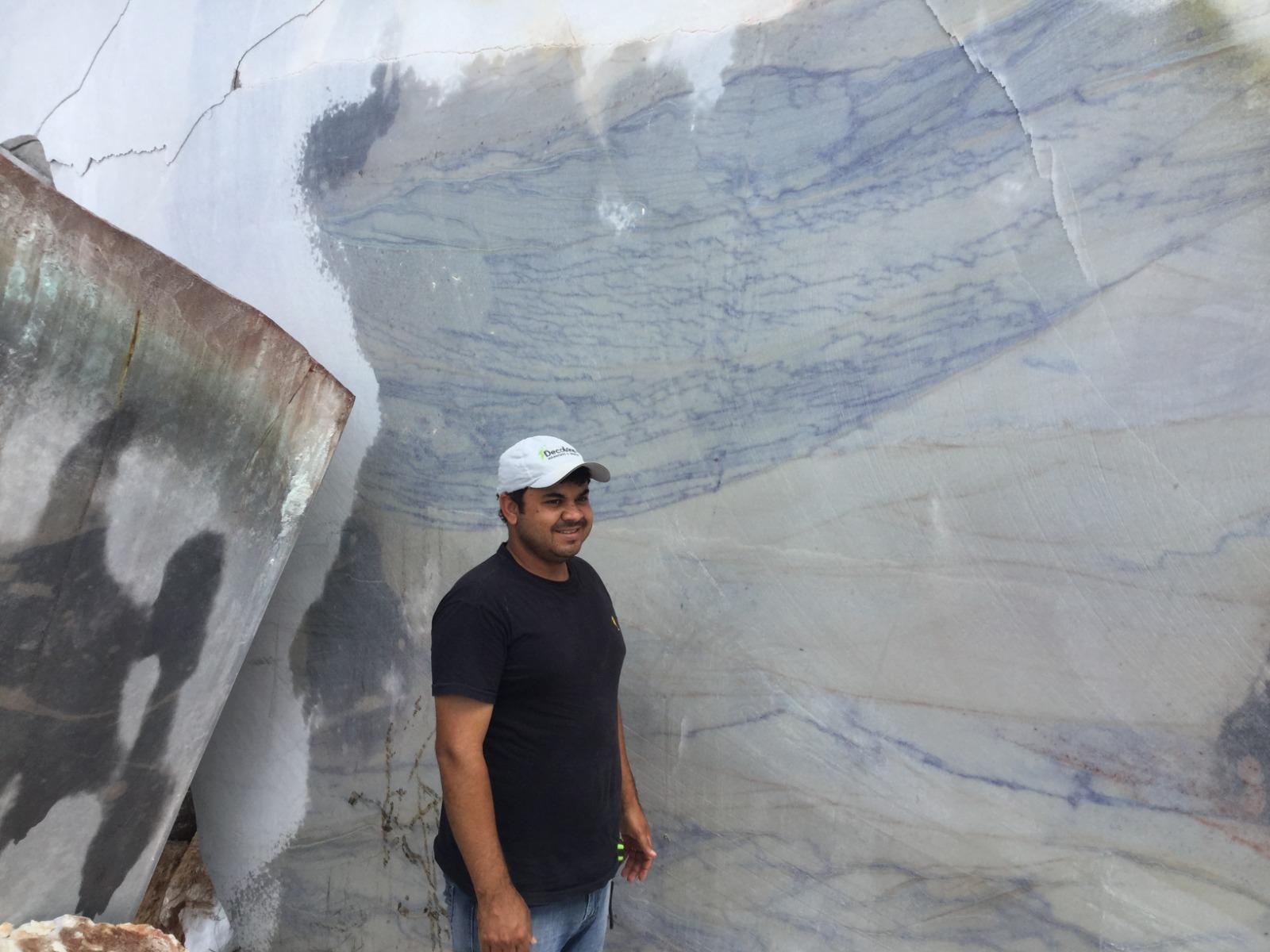 Quarzite Macauba Quarry